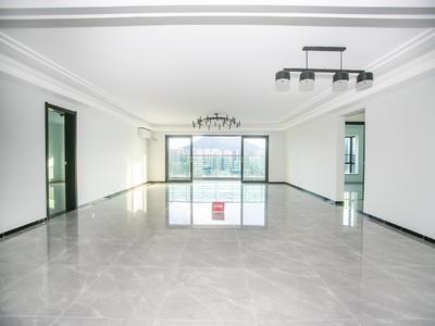 现代城华庭精装大四房出租,宽敞明亮,适宜居住-深圳现代城华庭租房
