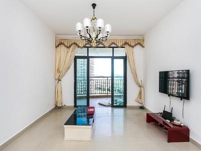 绿海名居,家私家电齐全。使用面积大。客厅出阳台。-深圳绿海名居租房