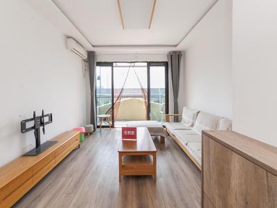 小区绿化很高,居住体验很好,楼下就是公交站,交通出-深圳中粮一品澜山花园租房