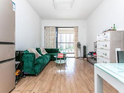 绿景精装大四房,可拎包入住,居住舒适,配套齐全。-深圳绿景香颂花园租房