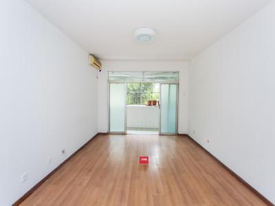 在业主改成三房,结构布局设计合理-深圳景新花园租房