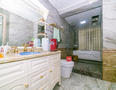阅山华府厕所-5