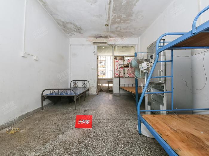 泰然公寓居室-1