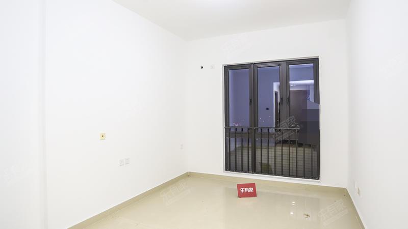 4号线地铁口,华盛峰荟,温馨一房,钥匙在手,随时可看