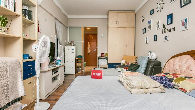 10号线华为地铁,万科物业,丁香公寓拎包入住