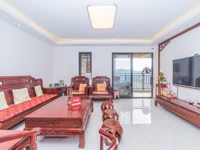 .中高楼层双拼精装5房,业主换房诚心出售-深圳鸿威的森林二手房