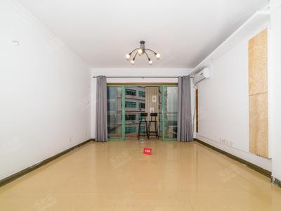 馨竹苑四房出售,深高空置,交通便利,家私齐全-深圳鑫竹苑二手房