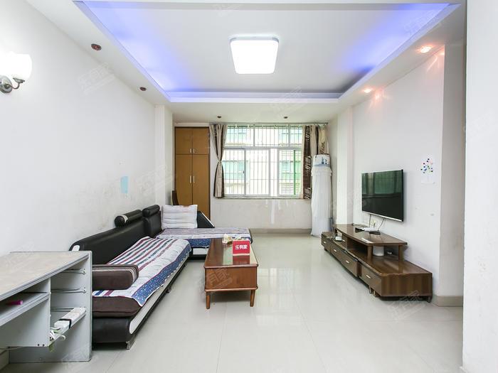 寶安24區住宅樓客廳-1