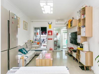 鸿隆广场精装2房,楼下就是鸿隆广场的商业,肯德基等商业齐全-深圳鸿隆广场二手房