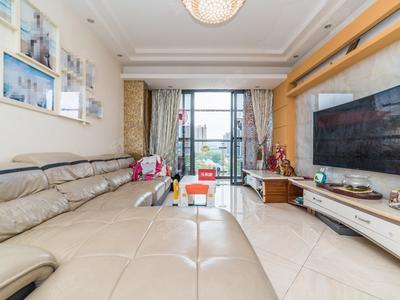 客厅正出阳台东南向,满五年仅一套税费低,龙外随时申请-深圳绿景城市立方二手房