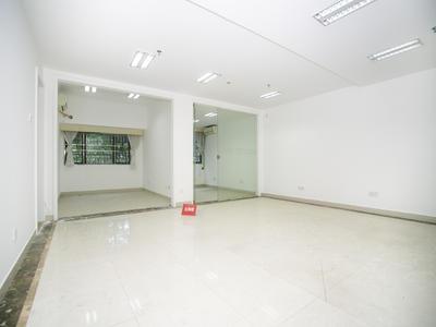 南山地铁站的附近,室内采光好-深圳向南瑞峰花园租房