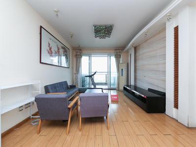 厅出阳台海景大三房,居家装修,诚心出租-深圳越海家园租房