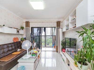 旭景佳园小区位于5号线坂田地铁口附近、二期门口就是公交站-深圳旭景佳园二期二手房