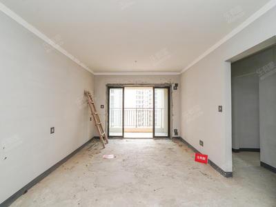 三房业主诚心出售-中山保利国际广场三期二手房