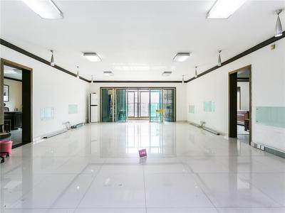 现代城高楼层舒适大户型,通风采光充足
