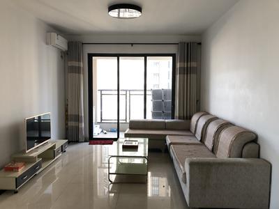 特发和平里精装三房,业主诚心出租。