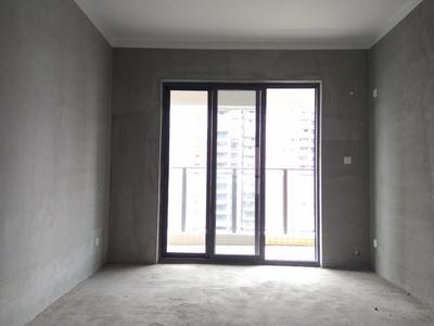 中粮云景国际毛坯3房,业主诚心出售,近6号线地铁,阳台看花园