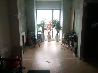 公寓诚意出租,价格可以谈,带一部分家私电器-中山海伦堡爱ME公园租房