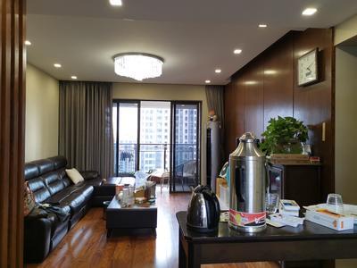 保利国际广场豪华装修大三房,业主诚心出售-中山保利国际广场二手房