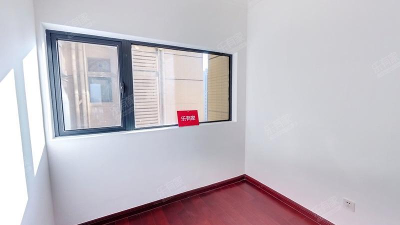 中海锦城精装3房,户型方正,业主诚心出售