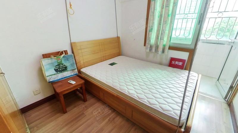紫玉花园南精装3室出售