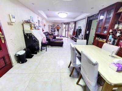 花园品质社区,超大绿化,居住舒适-深圳新港鸿花园二手房