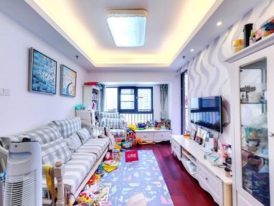 万科红三期精装两房,业主诚心出售-深圳万科红三期二手房