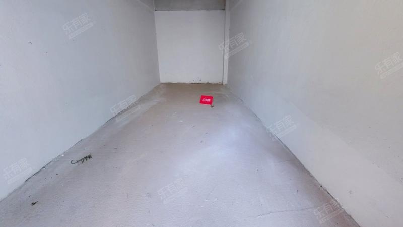 龙光城北一期6室3厅4卫446.81㎡