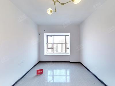 利和旁住宅公寓出售-中山蓝钻寓见二手房