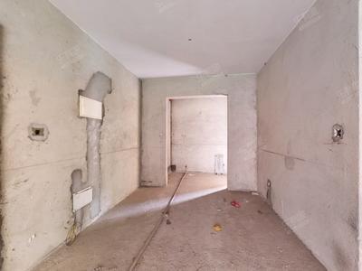 毛坯三房出售-中山保利国际广场三期二手房