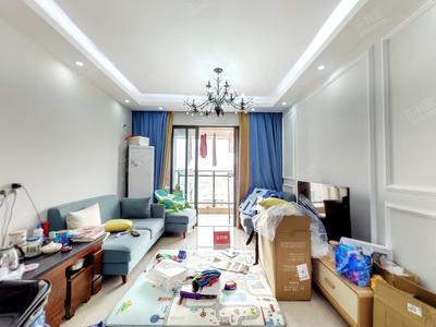 东南朝向高楼层精装三房边位户型采光充足-深圳光明1号二手房