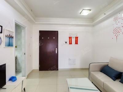 金地龙城中央二期东南朝向普装2室1厅出售-深圳金地龙城中央二期二手房