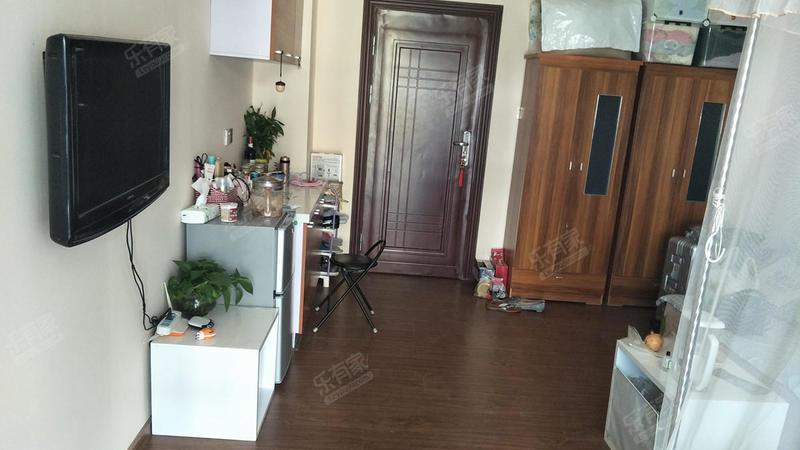 8克拉公寓