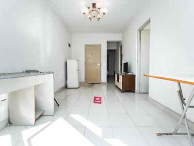 户型实用、住家舒适、业主诚心出租!
