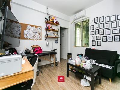 名城豪装一房,户型方正实用,业主可出部分增值税,看房方便-深圳名城国际广场二手房