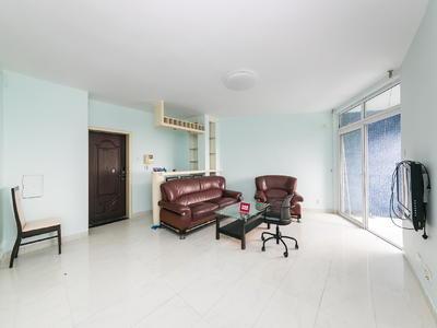 房子是3室的东南朝向的普装房,所在楼层中低楼层,户型结构平层-深圳东方花园(深圳)租房