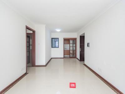 中海厅出阳台看花园三房出售