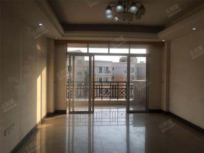 东区紫马奔腾旁,精装大三房业主便宜出售,出门就是市场-中山顺景花园三期二手房