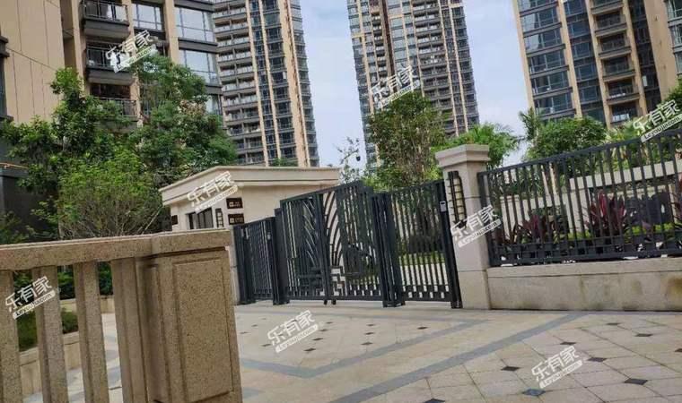 名居广场小区实景图3