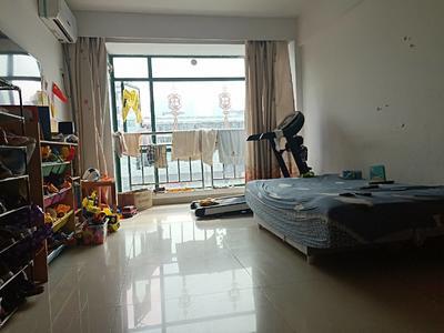 龙华中心区赛龙华轩精装三房业主诚心出售