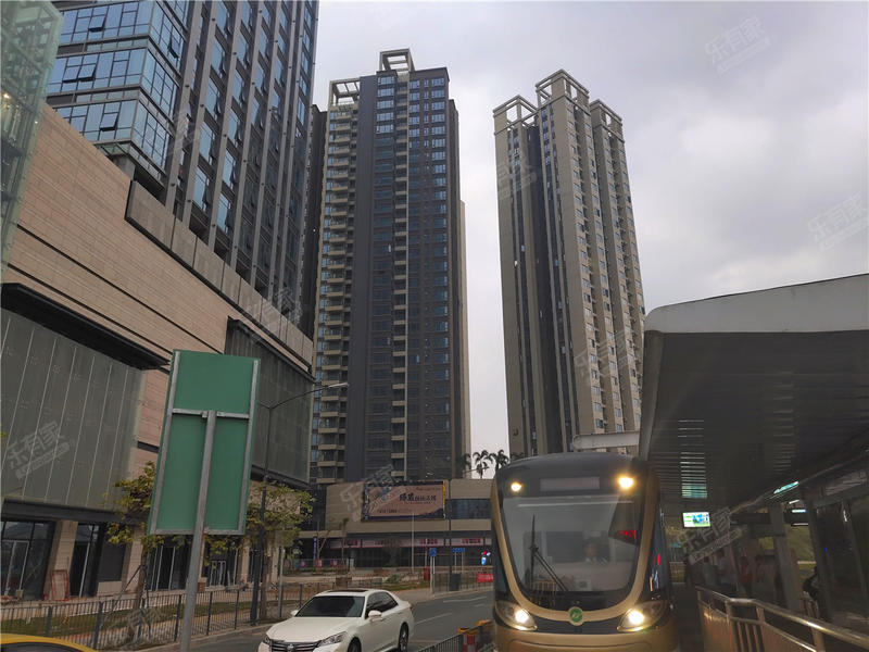佳华领域广场一期实景图