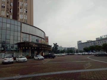 万江尚峰广场