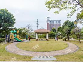 东凌广场实景图