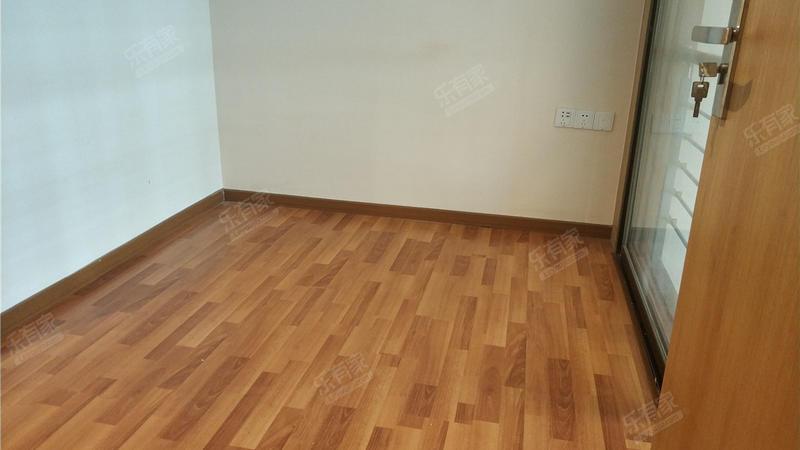 南沙富宏国际公寓,业主诚心出售