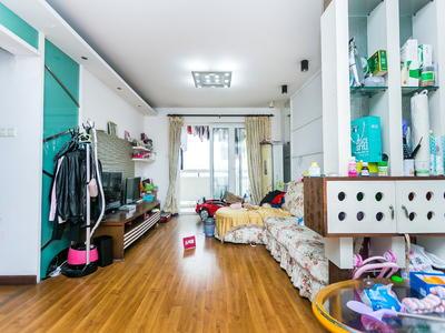 云海天城世家精装修房子,业主诚心出售。